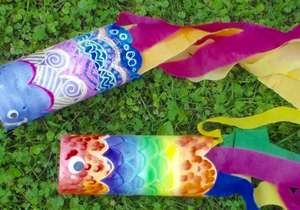 Make Your Personal Windsock Out Of Recycled Materials