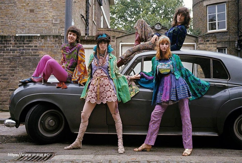 Psychedelic Hippie Fashion